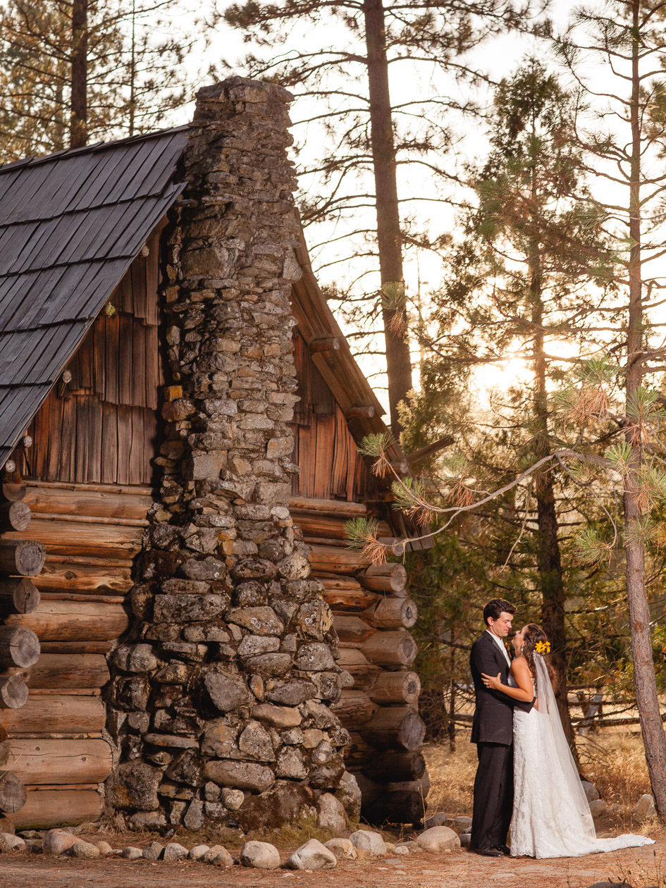 051 Destination Wedding at Wawona Hotel with Lisa and Garrett