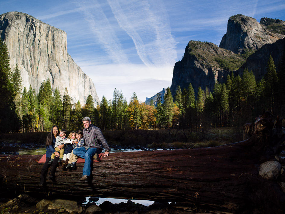Family Portraits in Yosemite with the De La Rosas