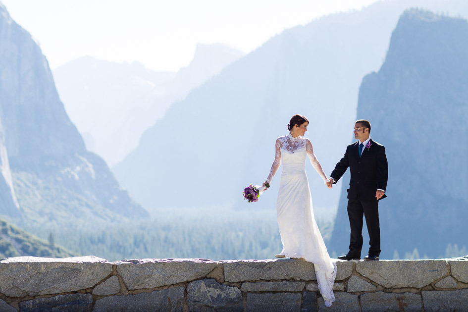Elopement at Tunnel View in Yosemite